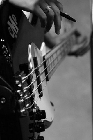 Me bass