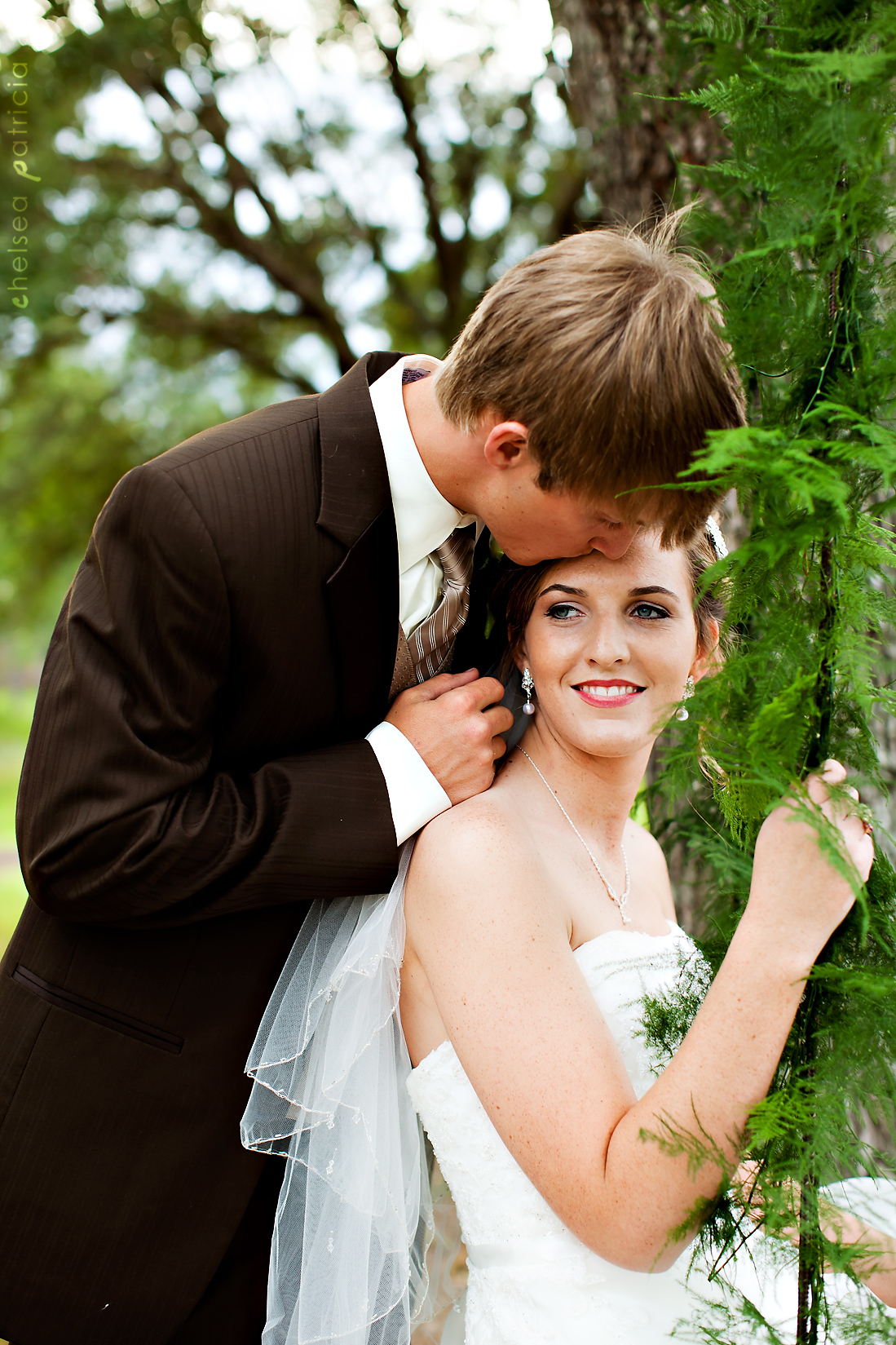 051411-mobile-alabama-wedding-photography-country-rope-swings-wedding.jpg