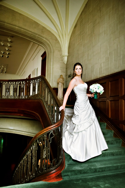 bride on Callanwolde's grand staircase