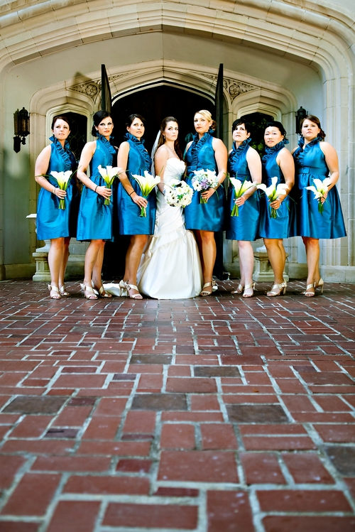 Bridesmaids and bride in front of Callanwolde Fine Arts Center