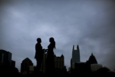 dramatic atlanta skyline wedding photos