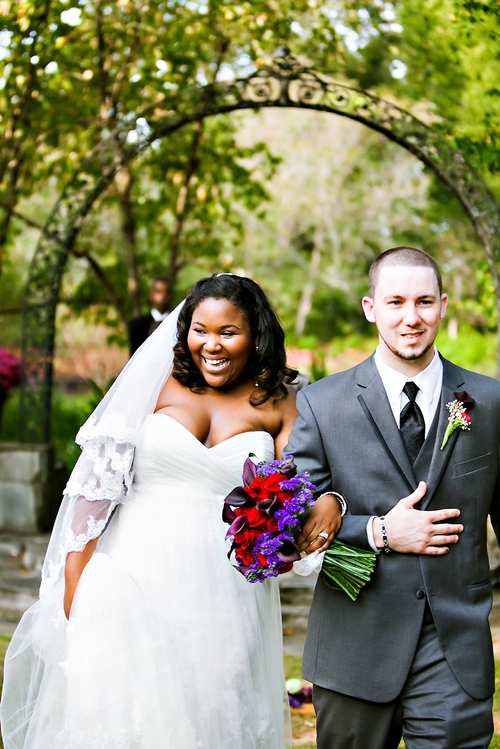outdoor wedding ceremony at Jasmine Hill Gardens in Wetumpka AL