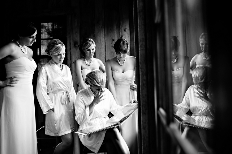 emotional wedding photographers destination