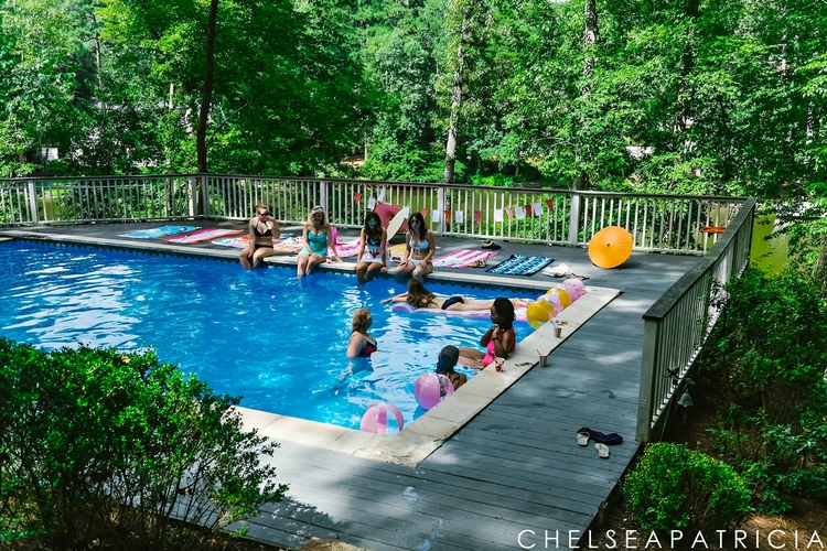 summertime pool party bridal shower wedding (19)